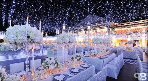 decoração com luzes casamento inverno
