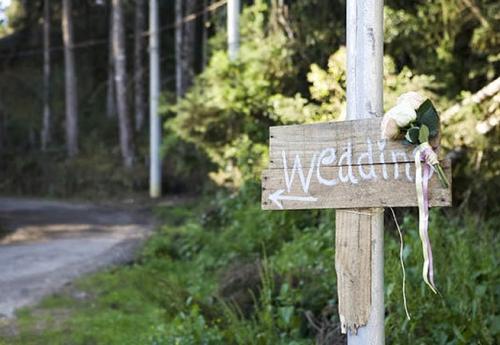 placa de madeira para casamento